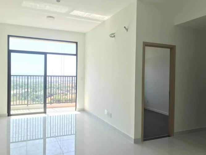 Phòng khách Safira Khang Điền, Quận 9 Căn hộ Safira Khang Điền tầng trung đón gió, view hồ bơi.
