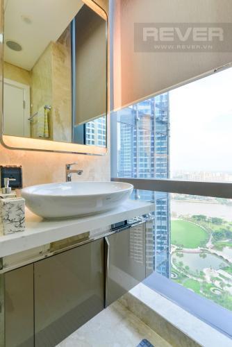 49152caca3af45f11cbe Cho thuê căn hộ Vinhomes Central Park 2PN, tháp Landmark 81, đầy đủ nội thất, hướng Đông Nam, view hồ bơi