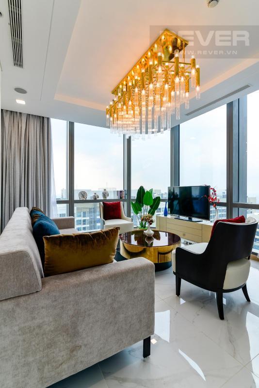 Phòng Khách 1 Bán hoặc cho thuê căn hộ Vinhomes Central Park 4PN, tháp Landmark 81, diện tích 164m2, đầy đủ nội thất, căn góc view thoáng