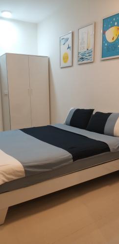 Phòng ngủ Rivergate Residence, Quận 4 Căn hộ Office-tel Rivergate Residence tầng trung hướng Tây Nam.