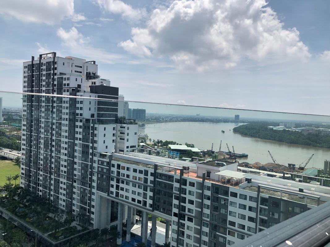 IMG-2108 Bán hoặc cho thuê căn hộ New City Thủ Thiêm 3PN, tầng 20, tháp Venice, nội thất cơ bản, view hồ bơi và sông Sài Gòn
