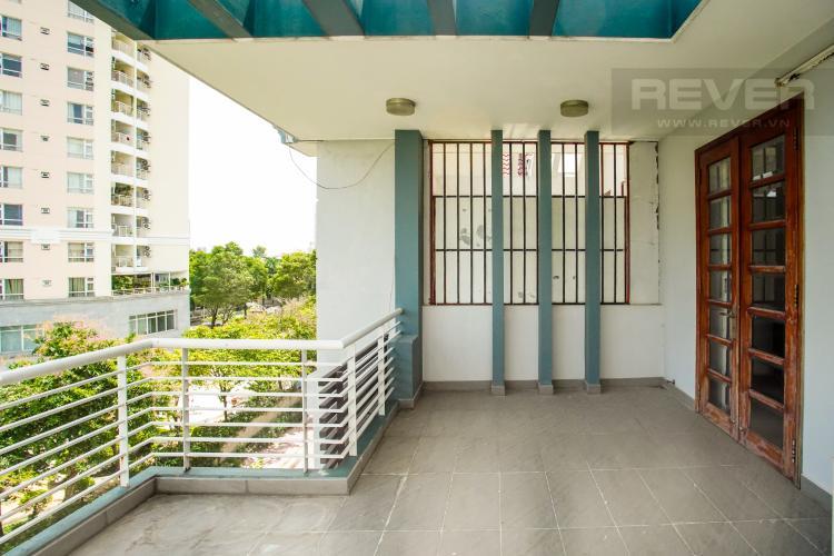 Sân Thượng Cho thuê nhà phố 4 tầng đường 19, Q2, đầy đủ nội thất, view Landmark 81