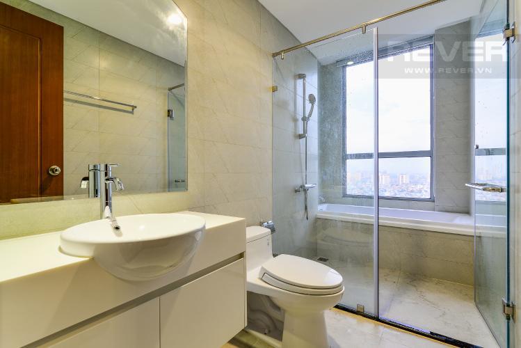 Phòng Tắm 3 Căn hộ Vinhomes Central Park 4PN đầy đủ nội thất, view sông Sài Gòn
