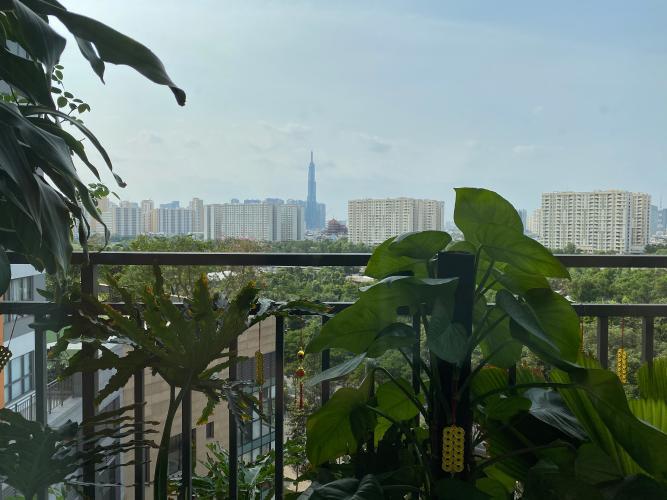 View cảnh căn hộ The Sun Avenue Căn hộ The Sun Avenue tầng thấp, view Landmark 81.