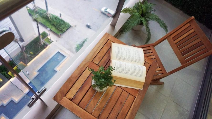 Ban công căn hộ The Gold View Căn hộ The Gold View 3 phòng ngủ nội thất đầy đủ, ban công rộng.