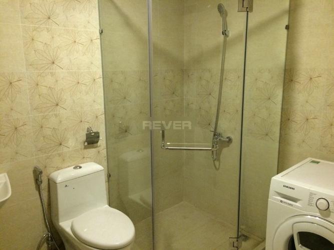 Phòng tắm căn hộ Riva Park Căn hộ Riva Park tầng trung đầy đủ nội thất, màu sắc trung tính.
