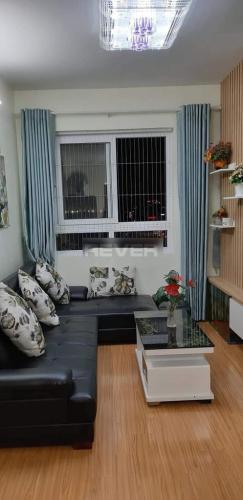 Phòng khách căn hộ Topaz Home, Quận 12 Căn hộ Topaz Home ban công hướng Đông, nội thất đầy đủ tiện nghi.
