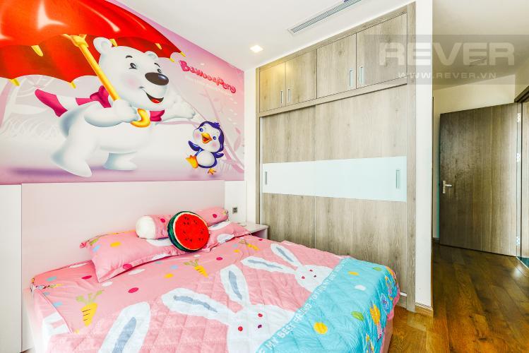 Phòng ngủ 1 Căn hộ Vinhomes Central Park tầng cao, tháp Park 6, 2 phòng ngủ, full nội thất