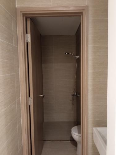 Nhà tắm căn hộ Vinhomes Grand Park Căn hộ Vinhomes Grand Park tầng cao 2 phòng ngủ, view nội khu.