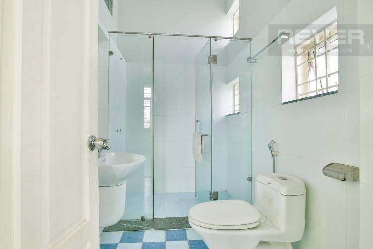 Toilet 2 Nhà phố 5 phòng ngủ đường Số 10, Thảo Điền Quận 2