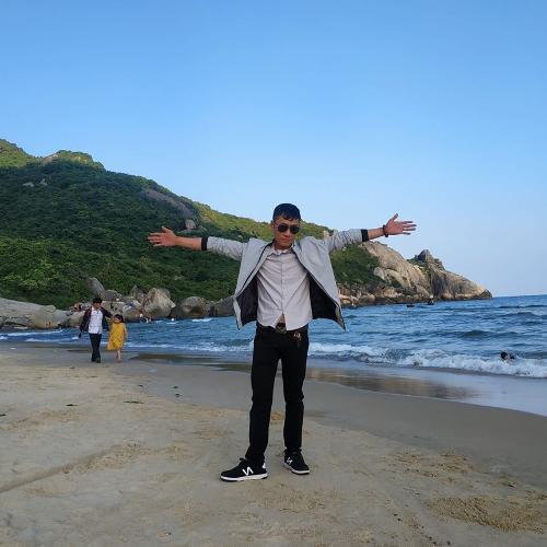 Nguyễn Trung Tự Sales Executive
