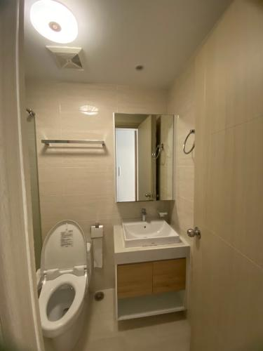 Phòng tắm căn hộ New City Thủ Thiêm, Quận 2 Căn hộ tầng trung New City Thủ Thiêm nội thất đầy đủ, view sông.