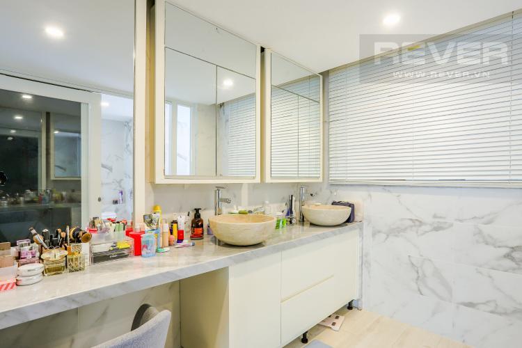 Phòng Tắm 1 Căn hộ Riviera Point 3PN nội thất đầy đủ, có thể dọn vào ở ngay