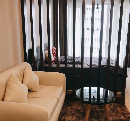 Phòng ngủ office-tel Sky Center, Tân Bình Office-tel chung cư Sky Center view nội khu hồ bơi, hướng Tây Nam.