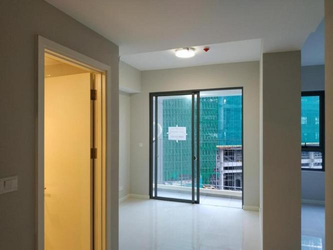 Cho thuê căn hộ officetel Masteri An Phú, diện tích 30m2, không nội thất, có ban công thông thoáng