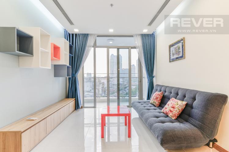 Phòng Khách Cho thuê căn hộ Vinhomes Central Park tầng thấp, 2PN, đầy đủ nội thất