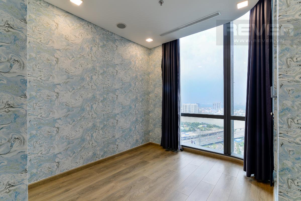 _DSC3986 Cho thuê căn hộ Vinhomes Central Park 2PN, tháp Landmark 81, nội thất cơ bản, là căn góc, view Xa lộ Hà Nội