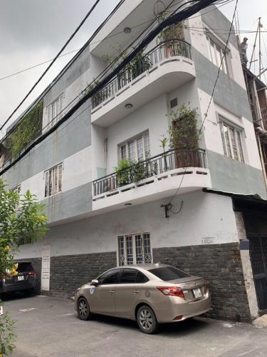 Bán nhà đường Nguyễn Văn Thương, sổ hồng đầy đủ, diện tích đất 52.1m2.