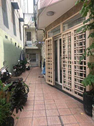 Nhà phố 1 trệt 3 lầu hẻm đường Mai Văn Ngọc, diện tích 3.6m x12m