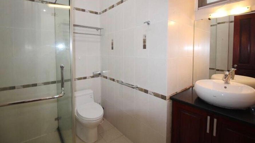 Phòng tắm Biệt thự Fideco Quận 2 Biệt thự Fedico Thảo Điền sân vườn rộng, hồ bơi đẹp.