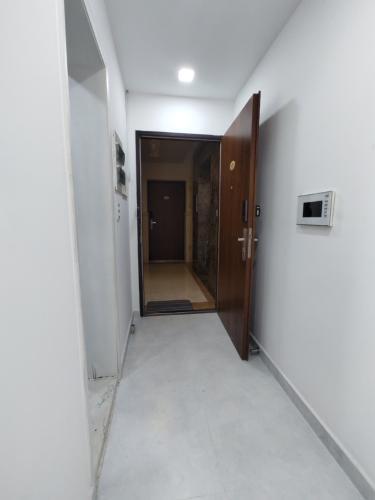 lobby duplex STAR HILL PHÚ MỸ HƯNG Bán duplex Star Hill Phú Mỹ Hưng 3PN, tầng 4 block A, đầy đủ nội thất, sổ hồng