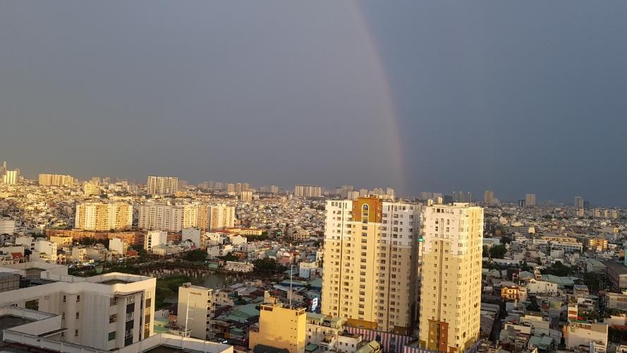 View Oriental Plaza, Tân Phú Căn hộ Oriental Plaza tầng cao, view thành phố sầm uất.