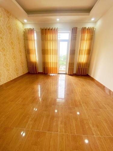 Phòng ngủ nhà phố Hiệp Bình Chánh, Thủ Đức Nhà phố mặt tiền hướng Nam diện tích 60m2, gần chợ Hiệp Bình.