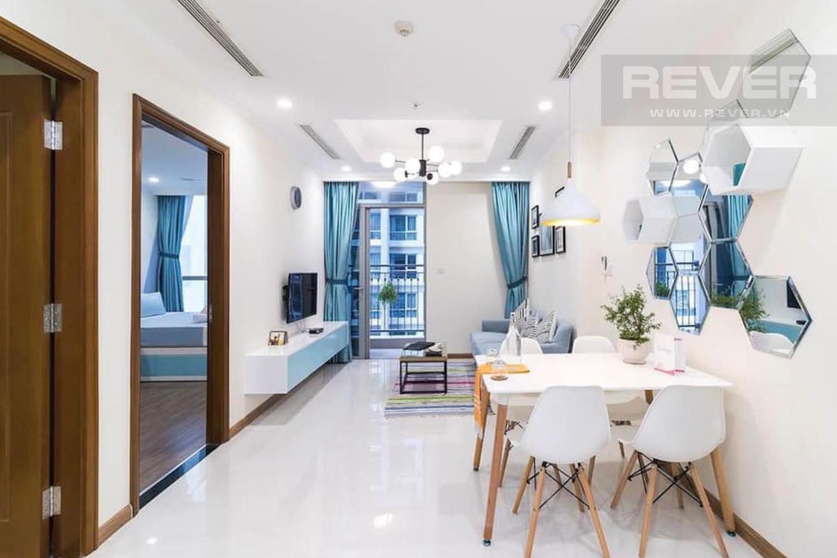 Phòng khách Bán căn hộ 1 phòng ngủ Vinhomes Central Park, tháp Landmark 5, đầy đủ nội thất, ban công Đông Bắc thoáng mát