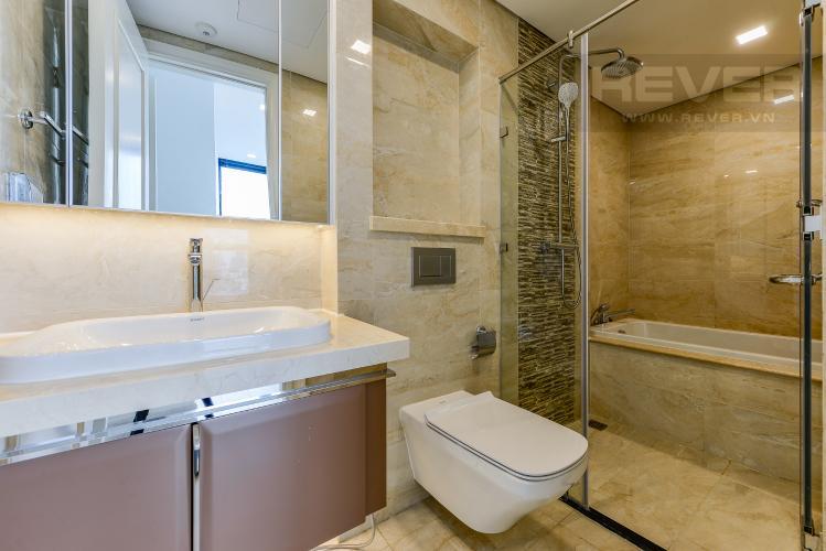Phòng tắm 1 Căn hộ Vinhomes Golden River 2 phòng ngủ tầng trung A2 view sông