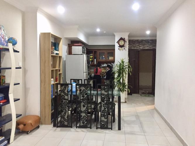 Phòng bếp chung cư Phúc Yên, Tân Bình Căn hộ chung cư Phúc Yên hướng Đông Bắc, nội thất đầy đủ.