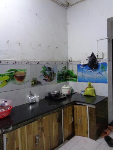 Phòng bếp chung cư Minh Phụng, Quận 6 Căn hộ chung cư Minh Phụng hướng Đông Bắc, nội thất cơ bản.