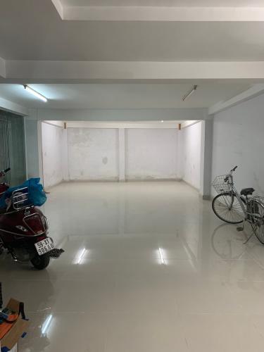 Phòng khách nhà số 7 đường 61, p.phước long B, Quận 9  Cho thuê nhà nguyên căn mặt tiền đường 61, Phước Long B, Quận 9, cách Xa lộ Hà Nội khoảng 400m
