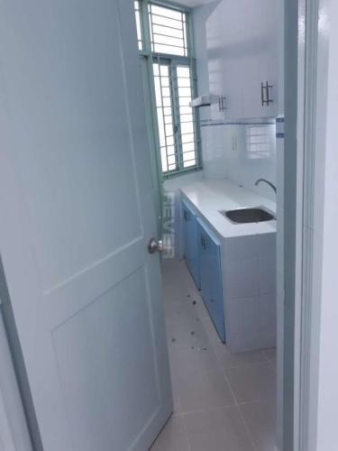 Phòng bếp chung cư Phú Thọ, Quận 11 Căn hộ chung cư Phú Thọ tầng trung, view sân bóng, nội thất cơ bản.