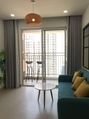 Bán căn hộ view nội khu Sunrise Riverside tầng trung, 2 phòng ngủ, diện tích 70m2, nội thất cơ bản.