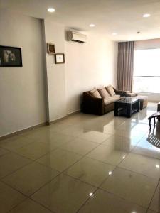Bán căn hộ Celadon City 2 phòng ngủ, diện tích 68m2, đầy đủ nội thất