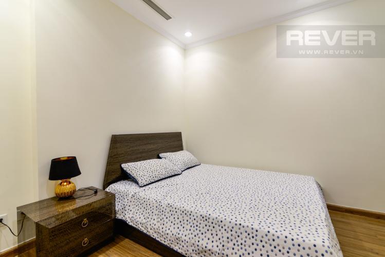 Phòng Ngủ 2 Bán căn hộ Vinhomes Central Park 2PN tầng thấp tháp Landmark 3, đầy đủ nội thất, view nội khu đẹp