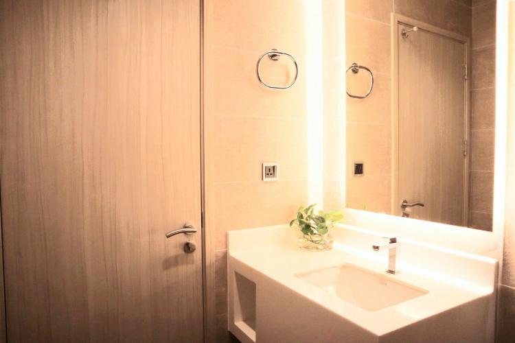 Phòng tắm Phú Mỹ Hưng Midtown Căn hộ Phú Mỹ Hưng Midtown đầy đủ nội thất, ban công thoáng mát.