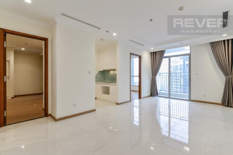 Phòng Khách Cho thuê căn hộ Vinhomes Central Park tầng cao, 3PN rộng rãi, view nội khu