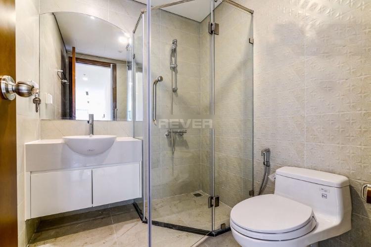 Phòng tắm Vinhomes Central Park Căn hộ Vinhomes Central Park tầng 40, hướng Đông Nam.
