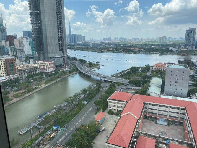 Hướng view Saigon Royal, Quận 4 Căn hộ Saigon Royal tầng cao, view Bitexco.