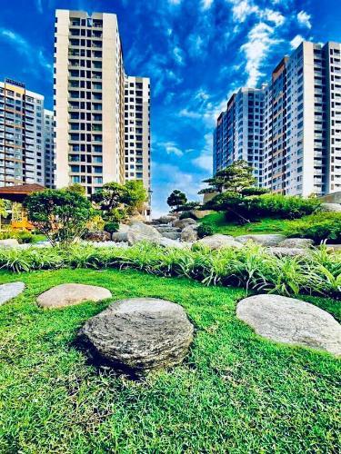 Chung cư Mizuki Park, Bình Chánh Căn hộ Mizuki Park ban công hướng Nam, nội thất cơ bản.