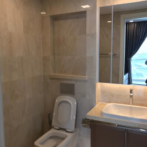 Phòng tắm , Căn hộ vinhomes Golden River , Quận 1 Căn hộ Vinhomes Golden River tầng 3 view thoáng mát, đầy đủ nội thất.