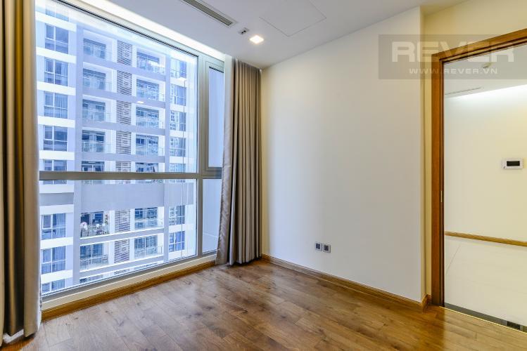 Phòng Ngủ 1 Căn hộ Vinhomes Central Park 2 phòng ngủ tầng cao P4 nhà trống