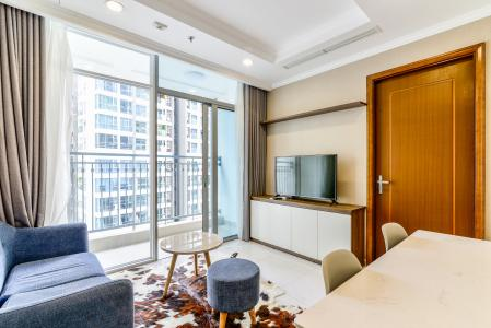 Căn hộ Vinhomes Central Park 2 phòng ngủ tầng cao L1 nội thất đầy đủ