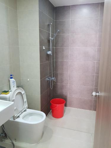 Phòng tắm căn hộ chung cư Galaxy 9, Quận 4 Căn hộ chung cư Galaxy 9 đầy đủ nội thất, view nội khu.