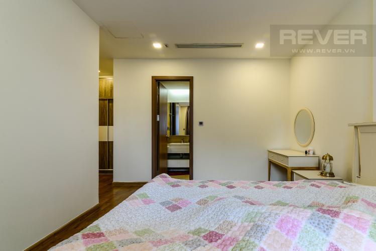 Phòng Ngủ 1 Căn hộ Vinhomes Central Park tầng cao tháp Park 2, 3PN nội thất đầy đủ