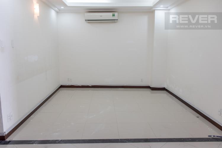 Phòng Khách Bán căn hộ Him Lam Riverside 2PN, diện tích 111m2, nội thất cơ bản, view hồ bơi nội khu