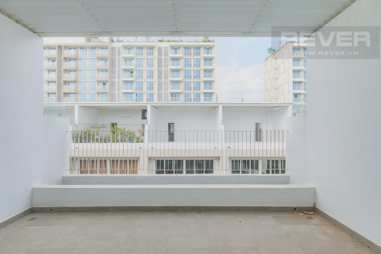 Sân Thượng mặt sau Cho thuê căn hộ shophouse Sarimi Sala Đại Quang Minh, diện tích 456m2, bàn giao hoàn thiện bên ngoài