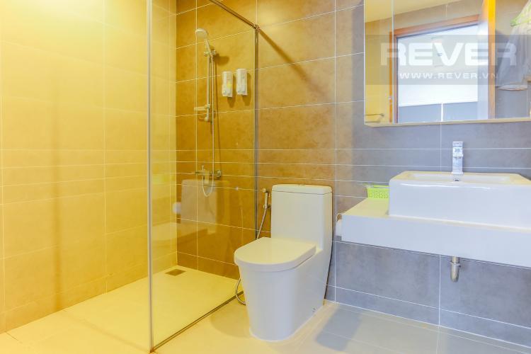Phòng Tắm 1 Căn hộ Sunrise City 2 phòng ngủ tầng cao W4 view hồ bơi