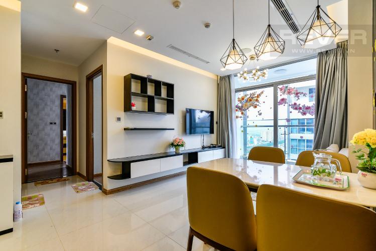 Phòng Khách Bán căn hộ Vinhomes Central Park tầng cao, 2PN, đầy đủ nội thất, view sông